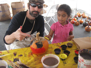 tim kelly artist pumpkin painting art is good workshop surftaco harvestfest